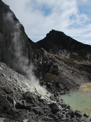 Approaching Gunung Sibayak